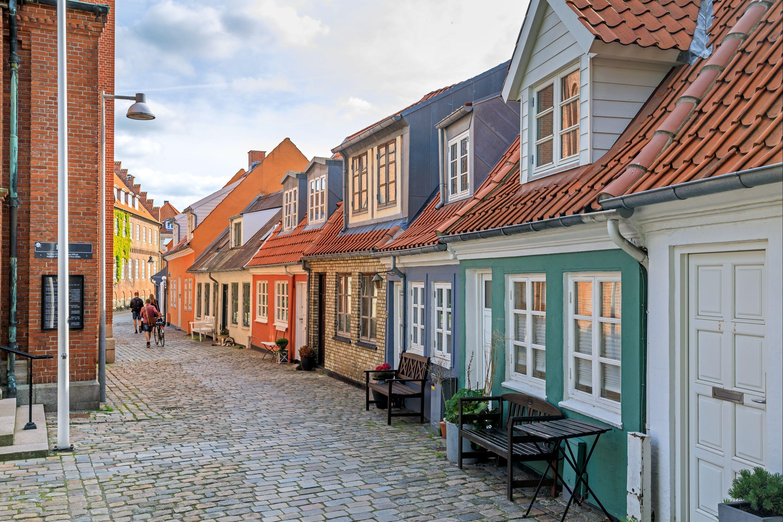 Une ado du Danemark qui prend deux queues