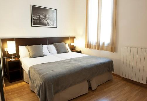 MH Apartments Liceo - Barcelone