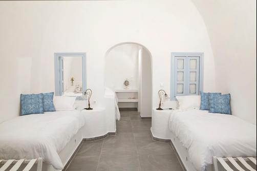 Aris Caves - Oia - Chambre double
