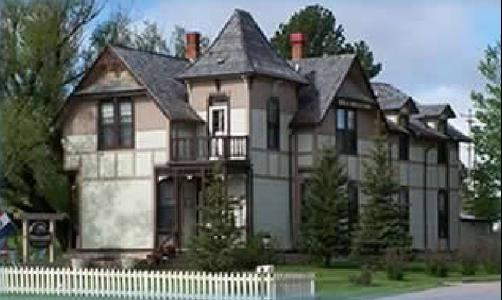 Custer Mansion Bed & Breakfast - Custer - Bâtiment