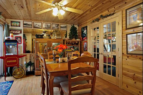 Fireside Lodge Bed and Breakfast - South Lake Tahoe - Salon