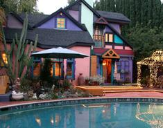 Hollywood Bed & Breakfast