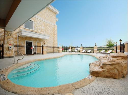 Best Western Plus Christopher Inn & Suites - Forney - Piscine