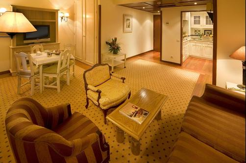 Real Residencia Suite Hotel - Lisbonne - Salon