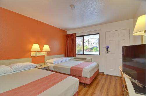Motel 6 Palm Springs E East Palm Canyon - Palm Springs - Chambre double