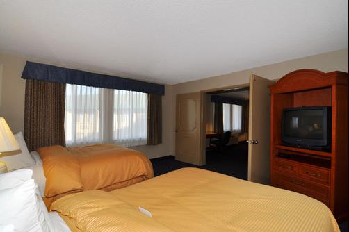 Clarion Inn & Suites - Stockton - Chambre