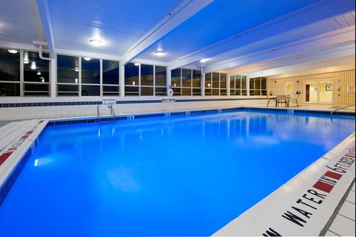 Holiday Inn Express & Suites Pittsburgh West - Greentree - Pittsburgh - Piscine